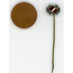 The stickpin with the  Latvian flag