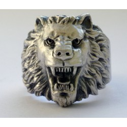 WW II German Ring with lion`s face