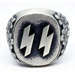 Silver WW2 ring with runes ''Siegrune''