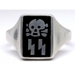 WW2 German Officer's Skull Ring