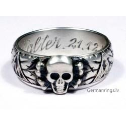 Slb. Walter 21.12.44 - Кольцо «Мёртвая голова»