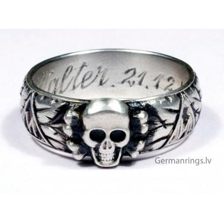 Slb. Walter 21.12.44 - H. Himmler TOTENKOPF RING