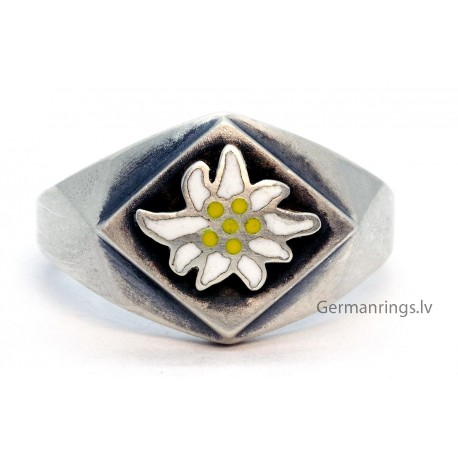 WW2 GermanAlpen Divisions Edelweiss silver ring