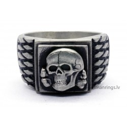 German WW2 Waffen Unit skull ring