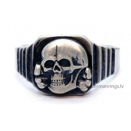 German Nazi WWII SS TOTENKOPF Death's Head Silver Ring
