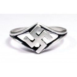 Кольцо с изображением свастики