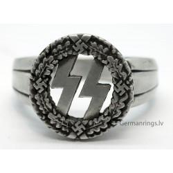 Nazi German WW2 Waffen SS ring