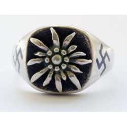WWII GERMAN ALPEN DIVISION silver ring.