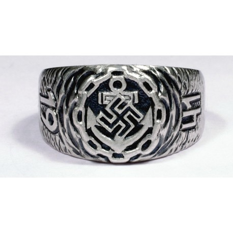 WW II German Kriegsmarine ring