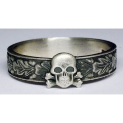 WW II German Ring with Skull.
