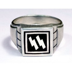 WW II German Waffen Units silver ring