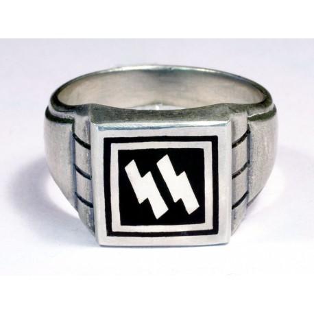 WW II German Waffen SS silver ring
