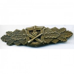 GERMAN CLOSE COMBAT WAR BADGE IN GOLD