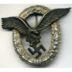 German WW2 Luftwaffe Pilots Badge.
