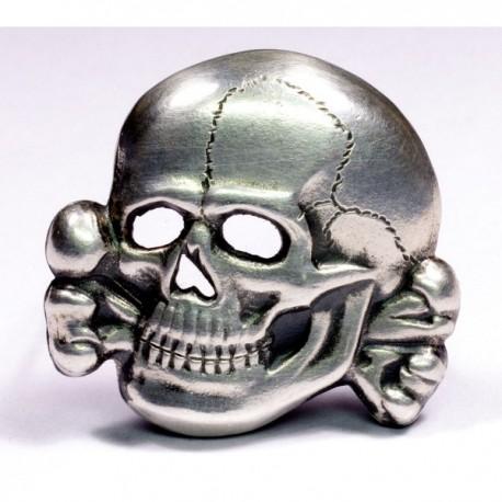 Skull from SS cap M43.