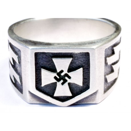 SS lightning bolt WW2 Style ring  with swastika