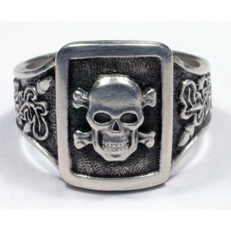 Skull ring WWII German