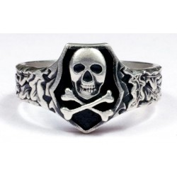Череп кольцоs WWII