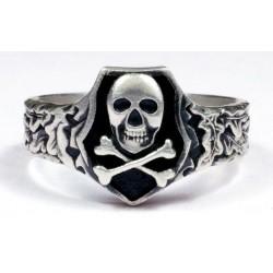 Skull ring WWII