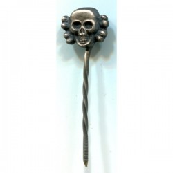 GERMAN NAZI SS SKULL STICKPIN