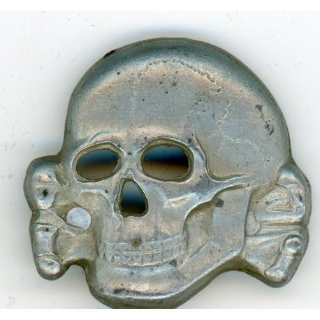 Skull from cap M43
