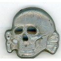 Skull from  cap M43 reproduction