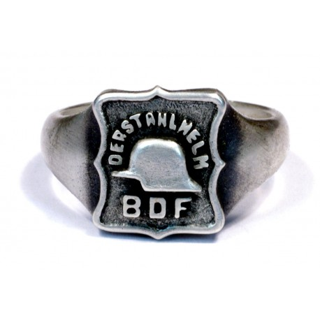 German WWII silver Der Stahlhelm ring