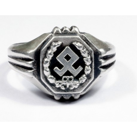 German 7th  Vol Mountain Division silver ring