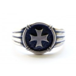 WW II German Ring with the iron cross symbol