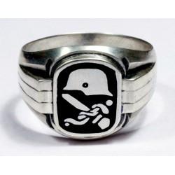 Кольцо для персонала немецкого медицинского корпуса