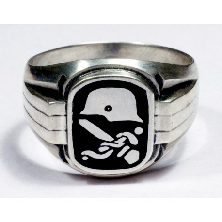 Ring for German WWII Medical Corps Personnel