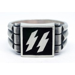 Waffen division silver ring
