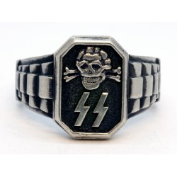 WWII Totenkopf Death Head ring