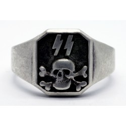 GERMAN WAFFEN TOTENKOPF OFFICERS SKULL RING